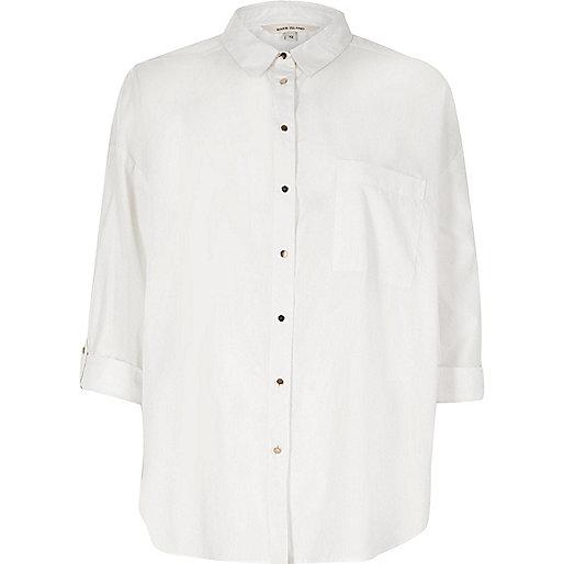 Weißes, lässiges Hemd