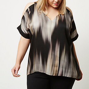 Plus grey printed cold shoulder top