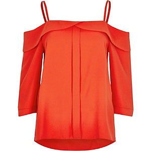 Red placket cold shoulder top