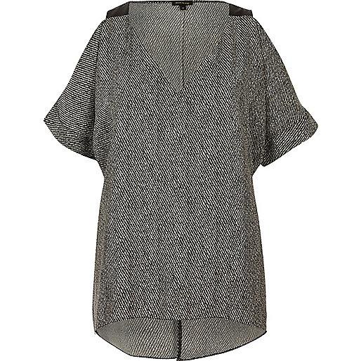 Black print cold shoulder top