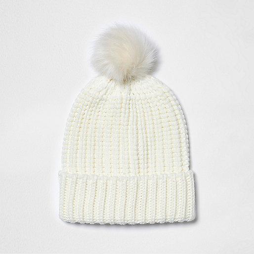Cream knit bobble hat