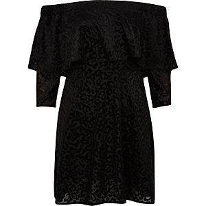 Robe évasée bardot noire imprimé animal à volants