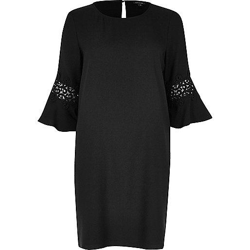 Schwarzes Swing-Kleid mit Spitze