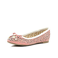 Girls coral metallic laser cut ballet pumps