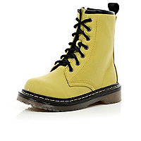 Girls yellow chunky boots