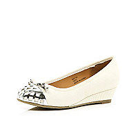 Girls cream metal toe ballerina wedges