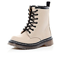 Girls cream chunky boots