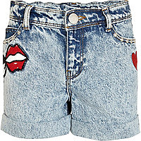 Girls blue acid wash badge denim shorts