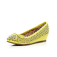 Girls yellow laser cut ballerina wedges