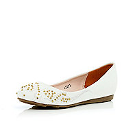 Girls white western stud ballet pumps