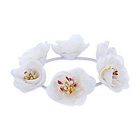 Girls white floral bracelet