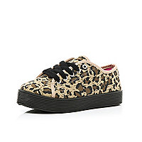 Girls brown chunky plimsolls