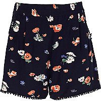 Girls navy floral shorts