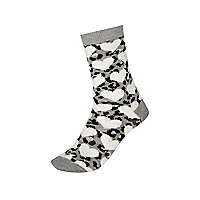 Girls grey leopard heart socks