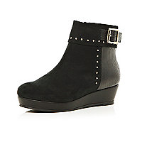 Girls black stud flatform boots