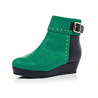 Girls green studded flatform boots