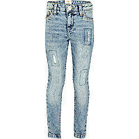 Girls blue light wash patch jeans