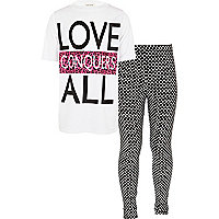 Girls cream love conquers t-shirt and legging