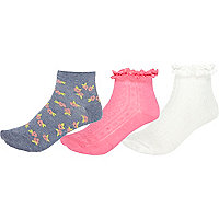 Girls pink three pack frilly socks
