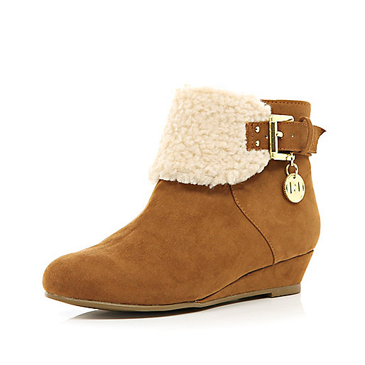 Girls brown borg lined ankle boots