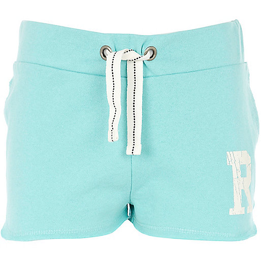 Girls light green R initial shorts