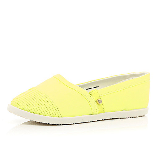 Girls yellow slip on plimsolls