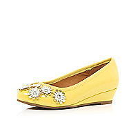 Girls yellow 3D flower ballerina wedge shoes
