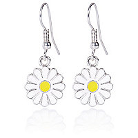 Girls single floral daisy earrings