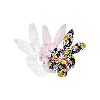 Girls 3 pack black ditzy floral scrunchie