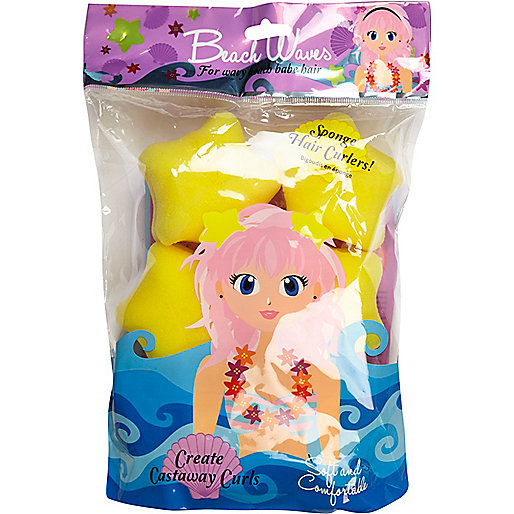 Girls yellow sponge star hair rollers