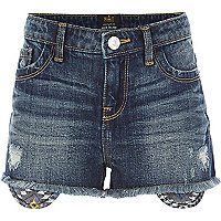 Girls medium wash denim aztec shorts