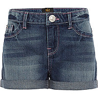 Girls medium wash denim shorts