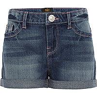 Girls medium wash denim shorts