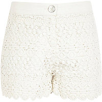 Girls cream lace layered shorts