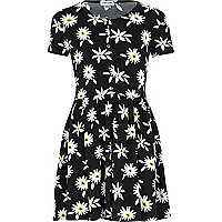 Girls black daisy print smock dress