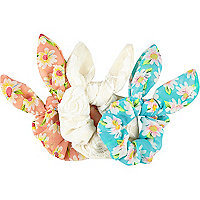 Girls daisy scrunchie 3 pack