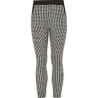 Girls black geo dogtooth ski print leggings