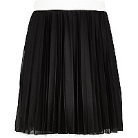 Girls black dolly pleated contrast skirt