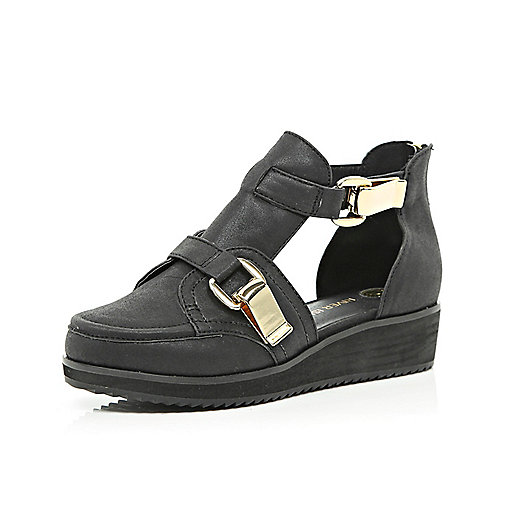Girls black fire cut out shoes
