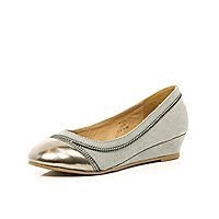Girls silver zip ballerina shoes