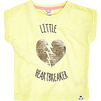 Mini girls yellow heart breaker print t-shirt