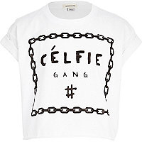 Girls white celfie gang print crop t-shirt