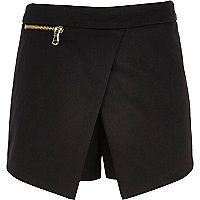 Girls black zipped skort