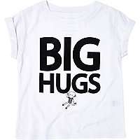 Mini girls white big hugs t-shirt