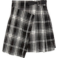Girls black check kilt skirt