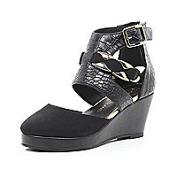 Girls black snake print wedge