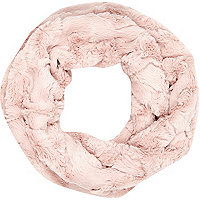 Girls pink faux fur snood