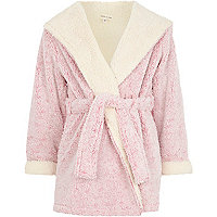 Girls pink fluffy dressing gown