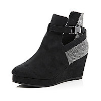 Girls black strappy boots