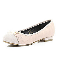 Girls light pink ballerina shoes